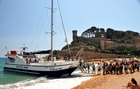 Catamaran for hen parties Tossa and Lloret de mar -Spain - activitats_catamaran/catamaran-tossa-5.jpg