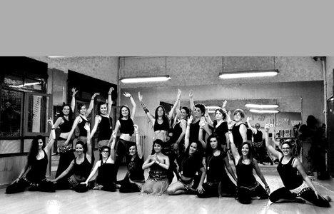 Danse du ventre basique - activitats_imatgestallades/danza-del-vientre-4.jpg