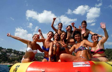 Fiestas en Catamarán Tossa de Mar - Girona - activitats_catamaran/catamaran-tossa-3.jpg