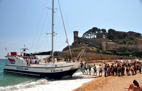 Catamaran Party Lloret de Mar - Girona - activitats_catamaran/catamaran-tossa-5.jpg