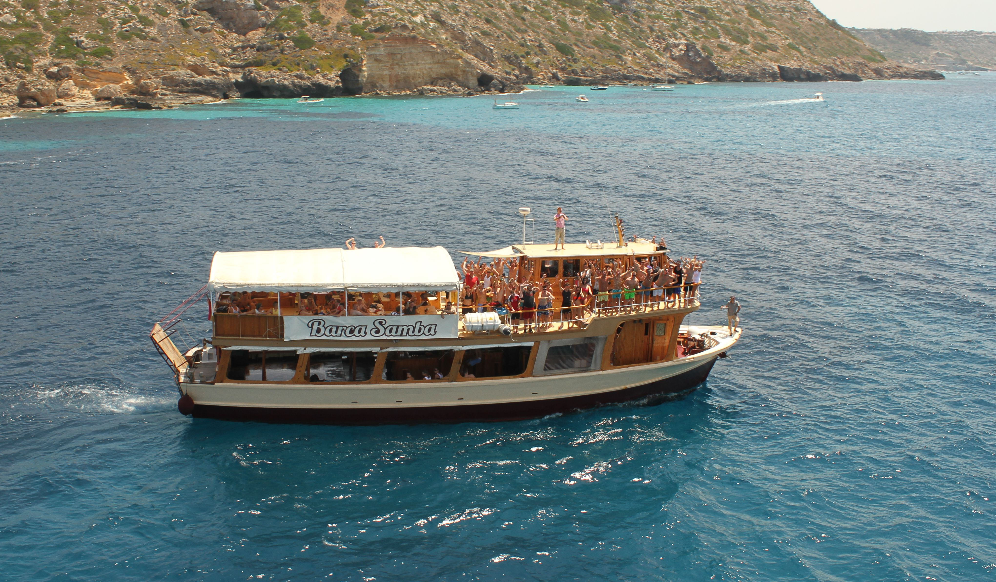 Party Boat en Mallorca - barco-samba-01.jpg