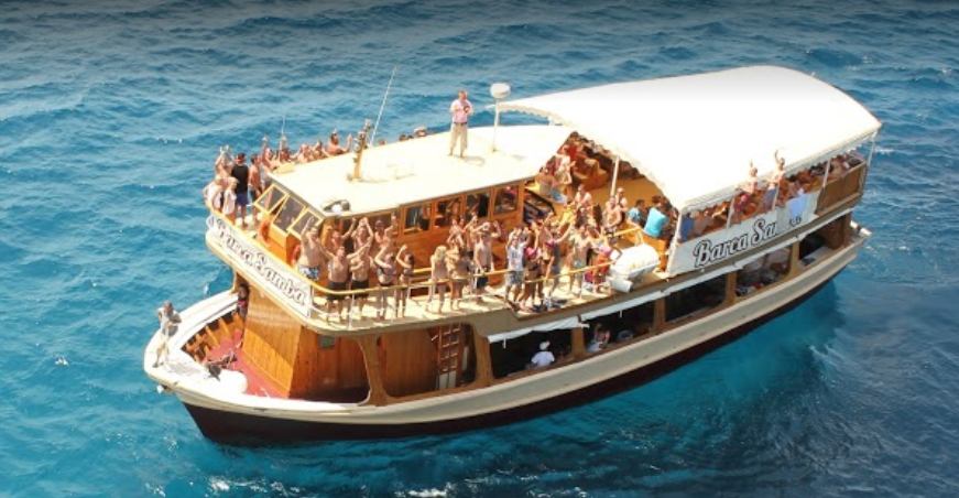 Party boat in Mallorca - barco-samba-1.png