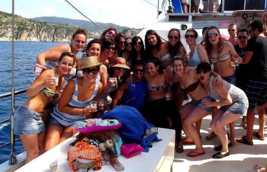 Pack fiesta en Catamarán + DJ en Tossa de Mar - Girona