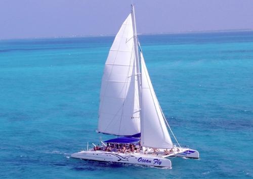 Catamaran Salou