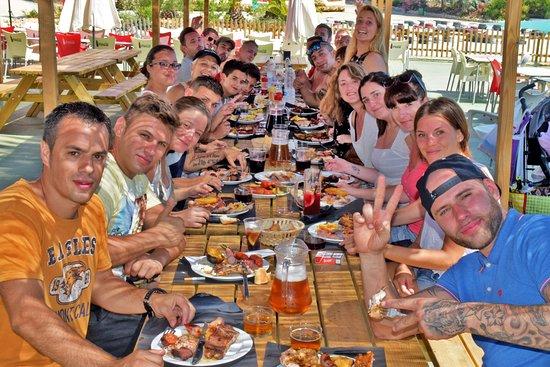 Humor Amarillo + dinar a Sitges - humor-comida-sitges.jpg