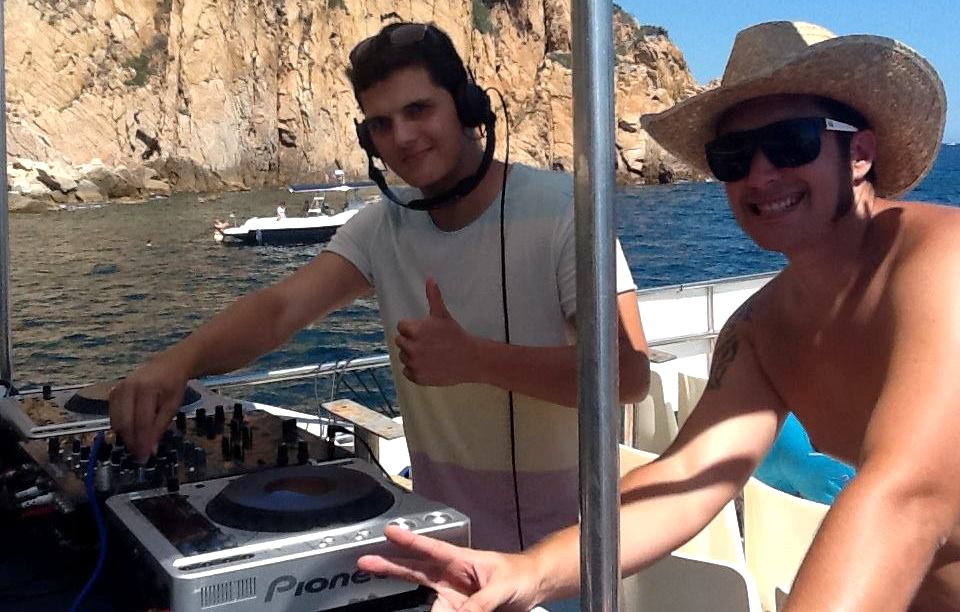 Party boat and DJ in Platja d'Aro