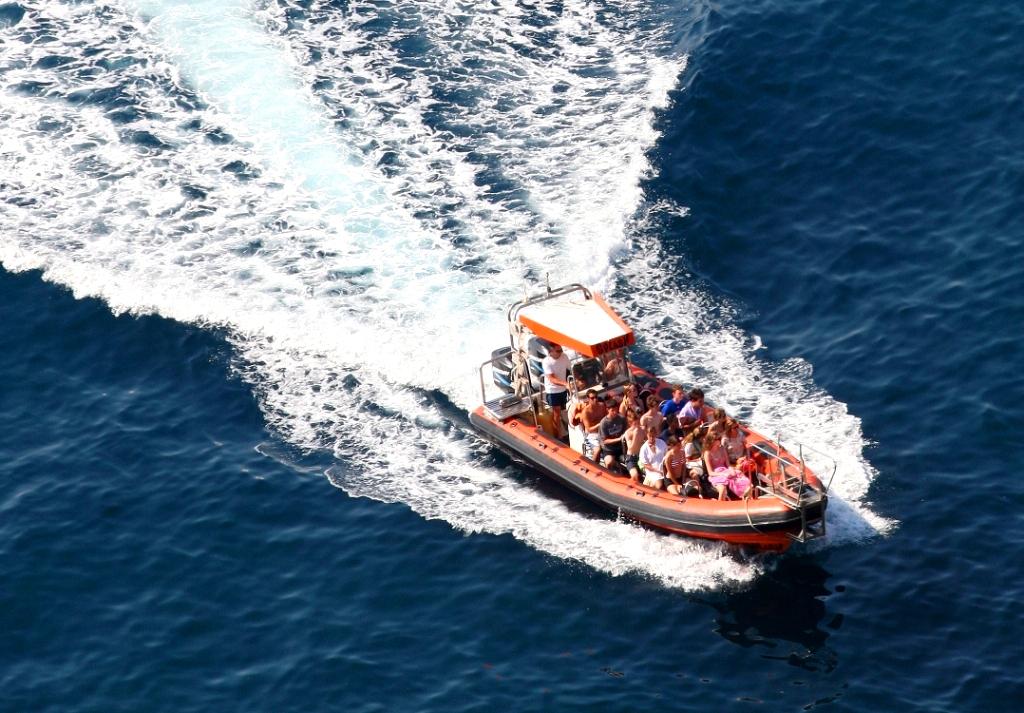 Speed boat à Tossa de mar - splash-2010.jpg