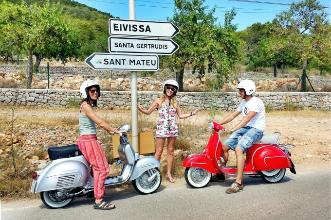 Vespa tour Ibiza - vespa-tour-ibiza-1.jpg
